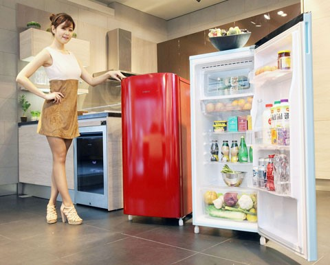Cách sửa tủ lạnh bị chảy nước và đóng tuyết
