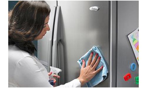 Vệ sinh bảo trì bảo dưỡng tủ lạnh tại nhà