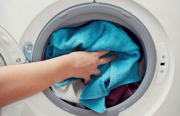 Mẹo giặt sạch quần áo bằng máy giặt Electrolux