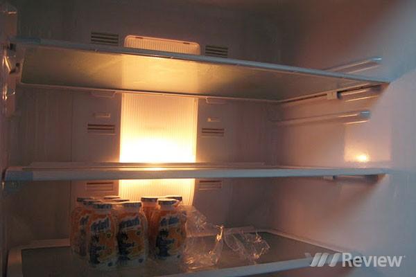 Tủ lạnh không sáng đèn và cách khắc phục