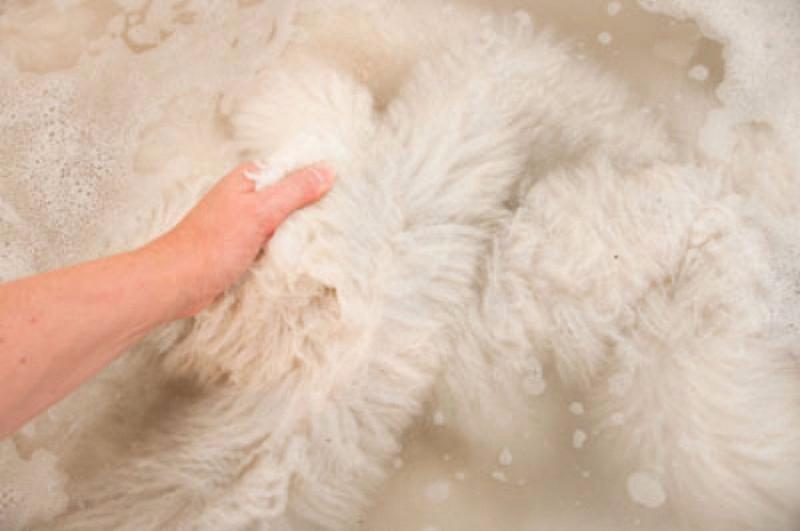 Giặt áo khoác lông
